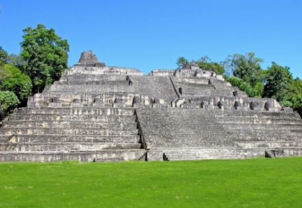 Piramide de Caana