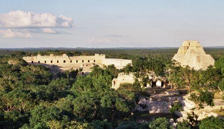 Caida de los mayas